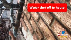 how to shut off water to house - featured image